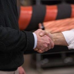 Handshake_i2rpower-11-18-153